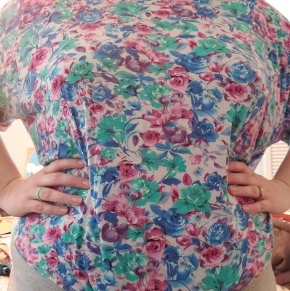 bellamie Tops - Floral blouse